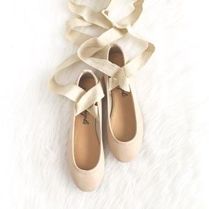 Free People | beige leather wraptie ballet flats